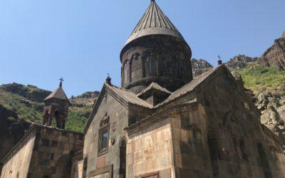 رحلتي إلى Garni Temple و  Gehard monastery في أرمينيا