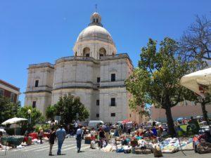 Feira da Ladra سوق الأنتيكات في لشبونة!